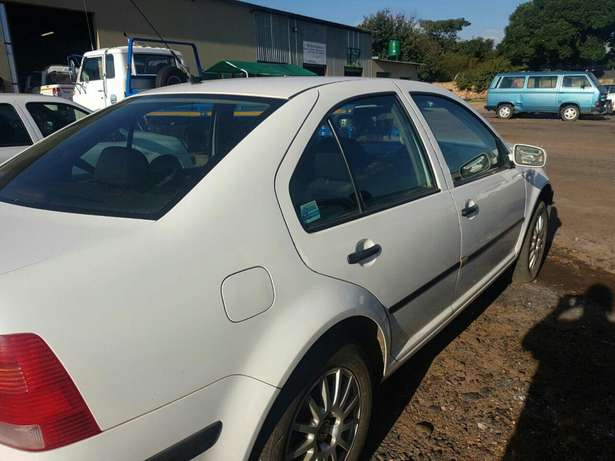 Hi there I'm currently selling a jetta Emalahleni - image 7