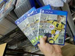 Fifa17 ps4 new and sealed