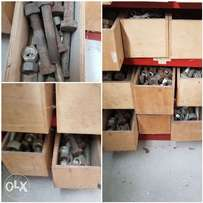 stock heavy duty nuts and bolts for tractor parts, plough