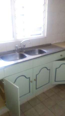 3 bedroomed apartment State House Kilimani - image 2