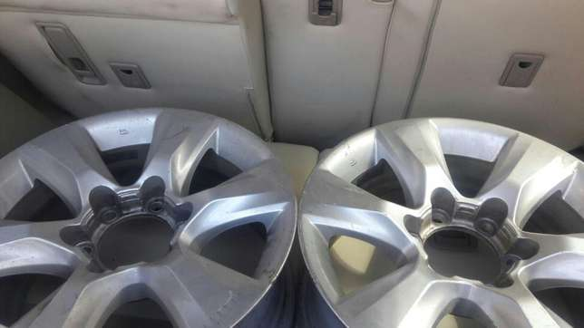 Genuine prado 150 series rims Ridgeways - image 2