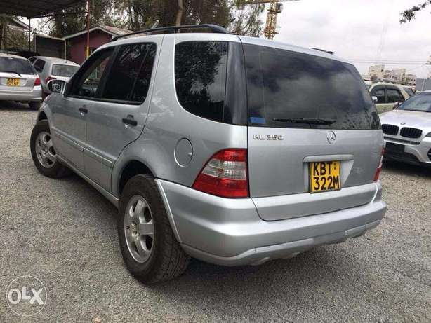 Mercedes ML350 Locally Used 2005 For Quick Sale Asking Price 1,800,000 Lavington - image 2