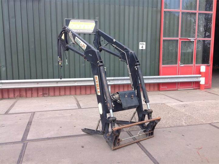 Stoll ROBUST F 30 HDP - 1995