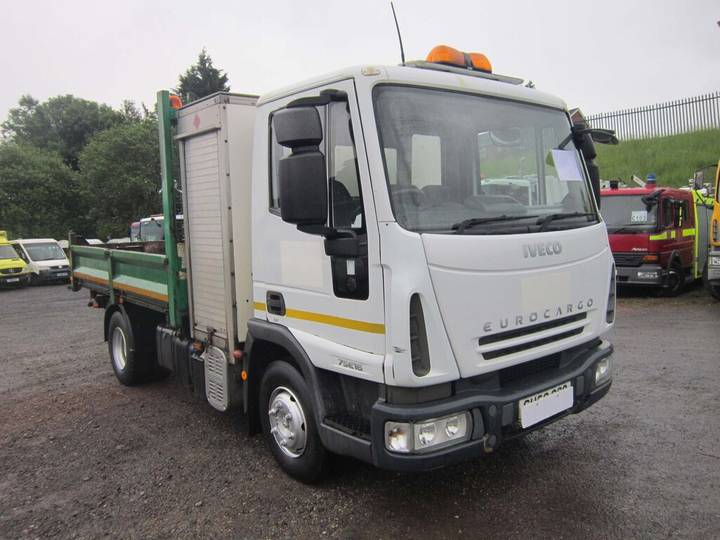 Iveco 75E16 4X2 7.5TON SINGLE CAB TIPPER C/W SWING LIFT & TOOLBOX - 2019