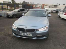 BMW F30 Automatic 2013 Model,5 Doors factory A/C And C/D Player