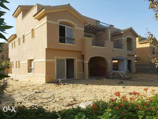 Twin House in Dyar park Premium location, view wide landscape & lakes