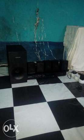Samsung home theater Eastleigh - image 8