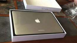 MacBook Pro MJLT2LL/A 15inch i7,16gb and 512GB brand new sealed origi