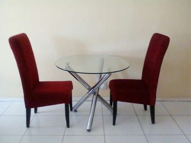 Two chairs with glass table for 2200 all of them Or Tambo Int Airport - image 4