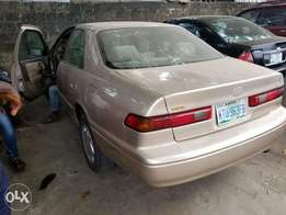 1month Used Toyota Camry LE
