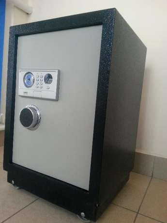 Safe boxes offer,Brand new Safe box for securing your documents Nairobi CBD - image 1