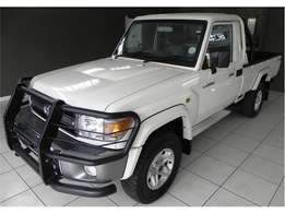 toyota land cruiser 4x4 with full service record and papers in order,a