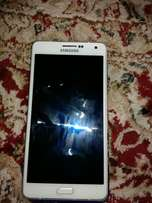 Samsung Galaxy A7 like as brand new with box need new owner