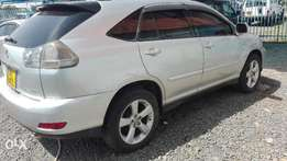 Toyota RX300 lexus kbr 2005 super clean with sunroof leather interior