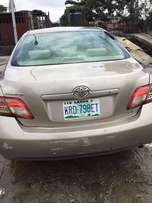 2008 toyota Camry Gold clean