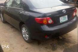 First body 2009 Toyota Corolla with leather seats