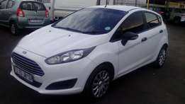 2016 ford fiesta 1.4 ambiente white