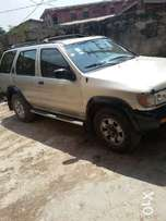 Clean Nissan Pathfinder (SUV) For Sale