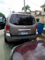Nissan pathfinder 2008 model
