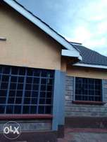 Spacious 4 Bedroom Bungalow home inRuiru on a 1/4 Acre plot at Kes 30K