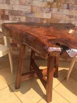 Handmade Tree Stump Table Furniture (Mugavu)