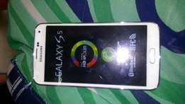 Brand new Samsung Galaxy s5
