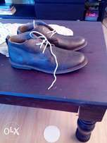 size 10 and 10.5 men's leather shoed