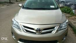 Very clean Tokunbo 2010 Toyota corolla