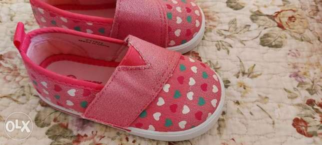 Girl shoes size 21 to 30 each 1 riyal NEVER used