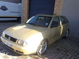 Polo playa1.8 neat in nd out R35000neg