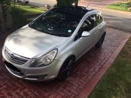2009 Opel Corsa 1.4 sport 3 dr in excellent condition!