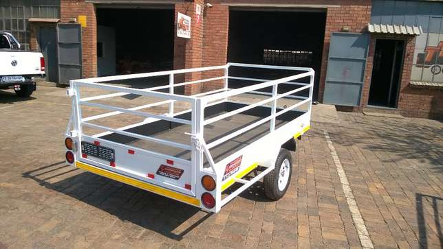 Triangle trailers the best place to buy trailers.hook&go Vanderbijlpark - image 1