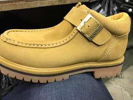 Lugs leather shoes