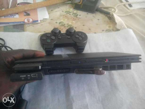Ps 2 game with wireless pad for sale on Osogbo - image 3