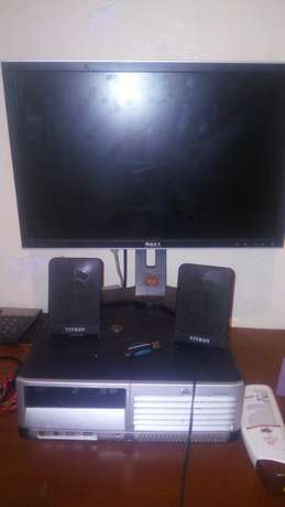 computer desktop with 24inch screen Pumwani - image 1
