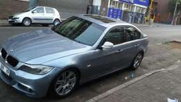 2010 model bmw 320i sedan,blue,77 000km,for sale