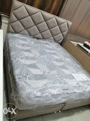 King size beds with a new mattress very comfortable free delivery