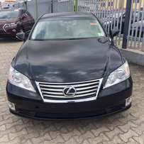 Pristine Clean Lexus ES 350 for grabs