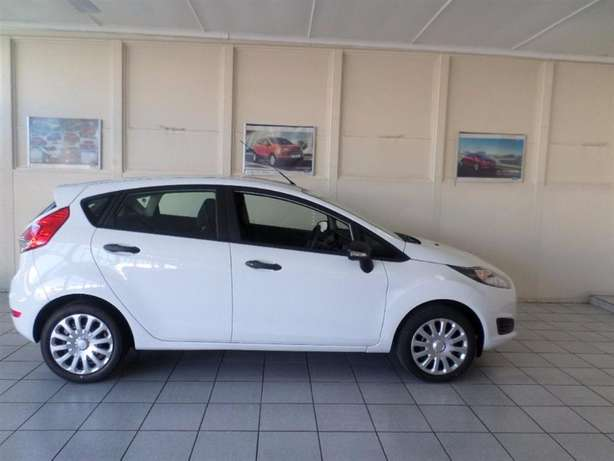 Ford Fiesta 1.4 Ambiente hatchback F/Lift Jeffreys Bay - image 1