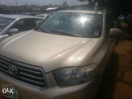 8 months used toyota highlander 2009 keyles tincan cleared buy n trave