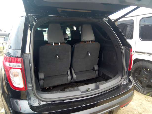 Reg 014 Ford Explorer Limited Edition Lagos - image 8