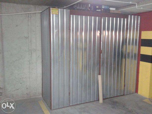 Zabudowa Miejsc Miejsca Parkingowego Boks Garazowy Komorka
