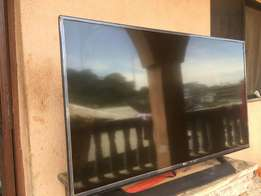 huge 49 inches lg smart plus web tv