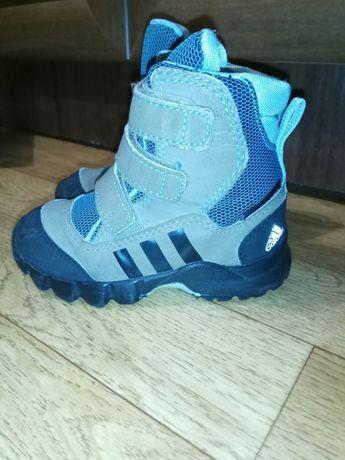 Оголошення не активне - знайдіть схожі оголошення в розділі Дитяче взуття в  Черкаси. Детские ботинки Adidas Черкаси - зображення 1 1efcf93b9bc98