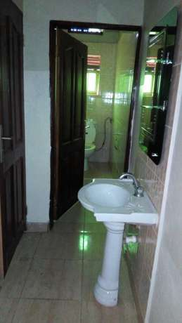 Executive two bedroom two toilet house for rent in ntinda at 650k Kampala - image 5