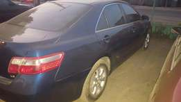 Clean toyota camry (sweet car with bluetooth)