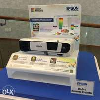 Epson EB-S41 High-quality and easy-to-use SVGA, 3,300-lumen projector