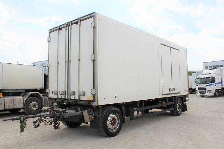 Schmitz Cargobull AKO 18 Klimatisierter Kasten - 2010