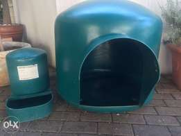 Dog igloo kennel and water fountain for sale
