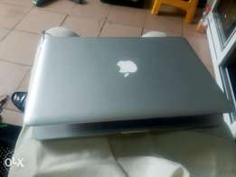 Canada Used Apple Macbook Pro Intel Corei5 500gb/4gb 13 inch